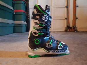 Salomon men's size 11 boots
