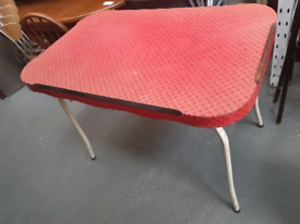 Vintage retro 1950s 60s red formica dining kitchen table office desk