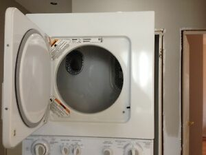 Kenmore Stackable Washer Dryer Oakville / Halton Region Toronto (GTA) image 2