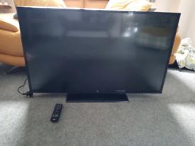 Bush 43 inch TV with dvd