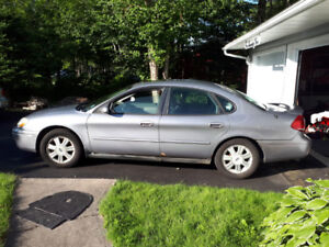 2007 Ford Taurus SEL - good condition, needs rear shocks