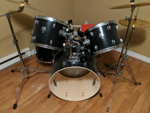5 piece drum set with extra cymbals
