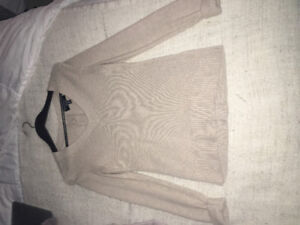 Ladies Banana Republic Sweater
