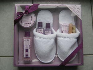 NEW Pure Spa Lavender Foot Care Gift Set 7pc Oakville / Halton Region Toronto (GTA) image 1
