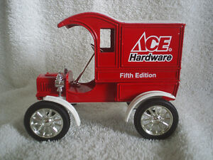 Collectable Antique – Ace Hardware Die Cast 1905 Ford Sarnia Sarnia Area image 1