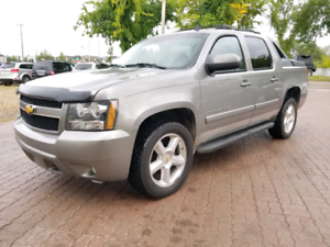 * 2007 CHEVROLET AVALANCHE LT 4X4, 6 MONTH WARRANTY INCLUDED **