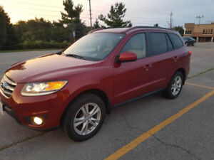 2012 SantaFe- Excellent Condition, Heated seats, Bluetooth