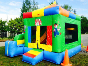 Jeu gonflable commercial 13' x 13' x 12' comme neuf
