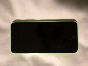 Iphone 5c, 16GB, Green Telus Excellent Condition