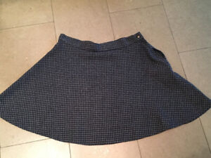 American Apparel Houndstooth Circle Skate Flare Skirt-Size small