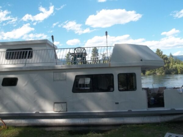 Used 1989 Other house boat