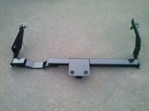 Subaru Outback (2000-04) trailer hitch