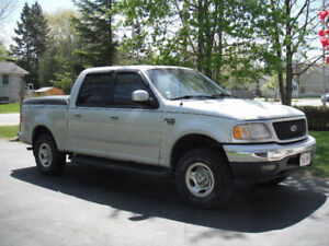 2001 Ford F-150 xlt Pickup Truck super crew
