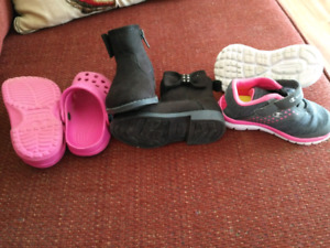 Toddler girl size 4-5 shoes