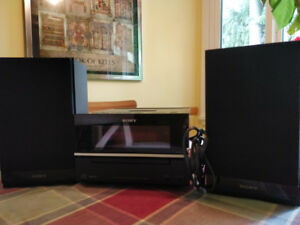 Sony Stereo w/ iPod Dock and Speakers