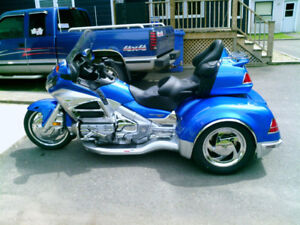 Honda Gold Wing 1800 6 cylindres 3 roues Kit California