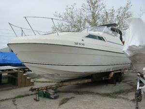80s Bayliner 25 Cruiser to be sold for Storage Owing!!