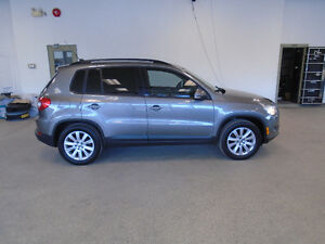 2009 VOLKSWAGEN TIGUAN 2.0T AWD! AUTO! 125,000KMS! ONLY $12,900!