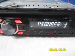nice pioneer cd,aux output for cell music + usb port