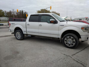 2013 Ford F-150 Platinum 6.2 L Fully Loaded