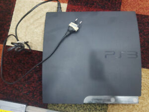 SONY PLAY STATION 3 --- WITH 2 CONTROLLERS AND 35 GAMES