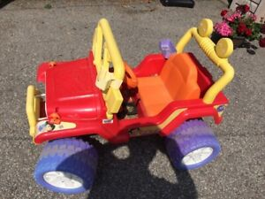 Power Wheel Dora the Explorer Jeep for girls 4-7 years old