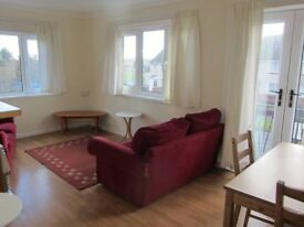 Single / Double £200/ £300 Flat Sketty, Swansea