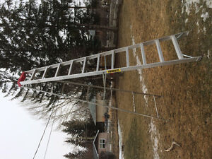 Featherlite 12 ft Aluminum Ladder