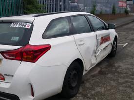 Toyota auris d4d 1.4 tdi for breaking
