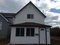 Completely Redone!! 2-bedroom, 2-washroom house, Near Blvd Lake!