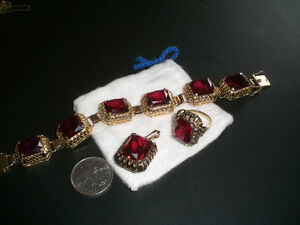 SOLID 14K GOLD SET  WITH RUBY