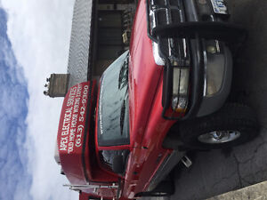 2001 Dodge Power Ram 1500 Pickup Truck w/ $13,000 SpaceKap Plus