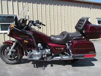 LIKE NEW! 1985 Goldwing Excellent condition