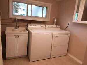 Washer and electric dryer for 600$ Sarnia Sarnia Area image 1