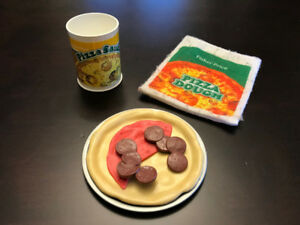 """Vintage Fisher Price """"Fun with Food"""" Pizza set!"""