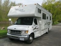 2001 motorhome, no pull outs , excellent condition.
