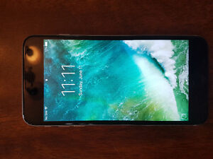 **UNLOCKED**Two 128 GB iPhone 6 plus (one white and one black)