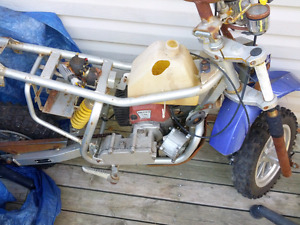 SMALL DIRTBIKE ..NEEDS SOME WORK..BUT WAS RUNNING ENGINE $150