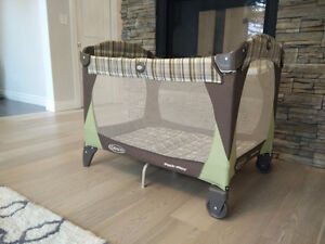 Great Condition!! Graco Play Pen! Kitchener / Waterloo Kitchener Area image 1