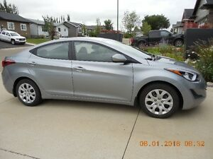 2016 Hyundai Elantra gl Sedan original owner