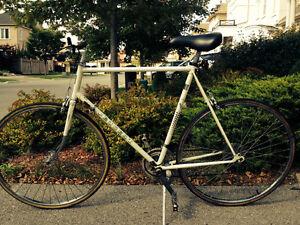 Men's Road Bike PEUGEOT, mint condition