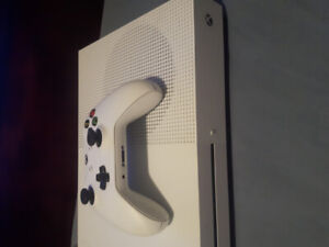 Xbox one S console and controller