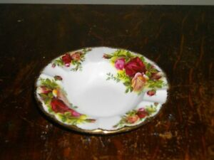 ROYAL ALBERT OLD COUNTRY ROSES FOR SALE!