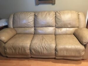 Reclining leather couch and loveseat