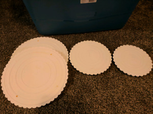 Cake plates/stand