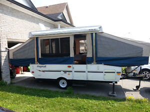2007 Flagstaff by Forest River, 10+2 popup camper, model 206st