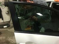 Limite vitre teinte a prix fou 150 $ !!!