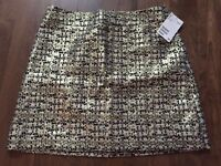 H&M GOLD SKIRT ------>NEW WITH TAGS !!!
