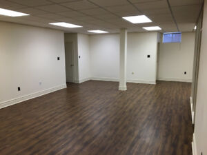 $3000 / 2500ft - Professional Office Space for Rent - 3+1 office