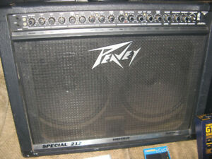 Peavey Special 212 (very LOUD)